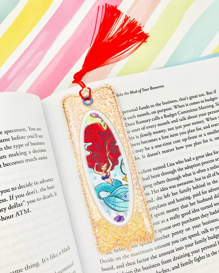 Bookmark Applique 6- 5x7 or larger hoop