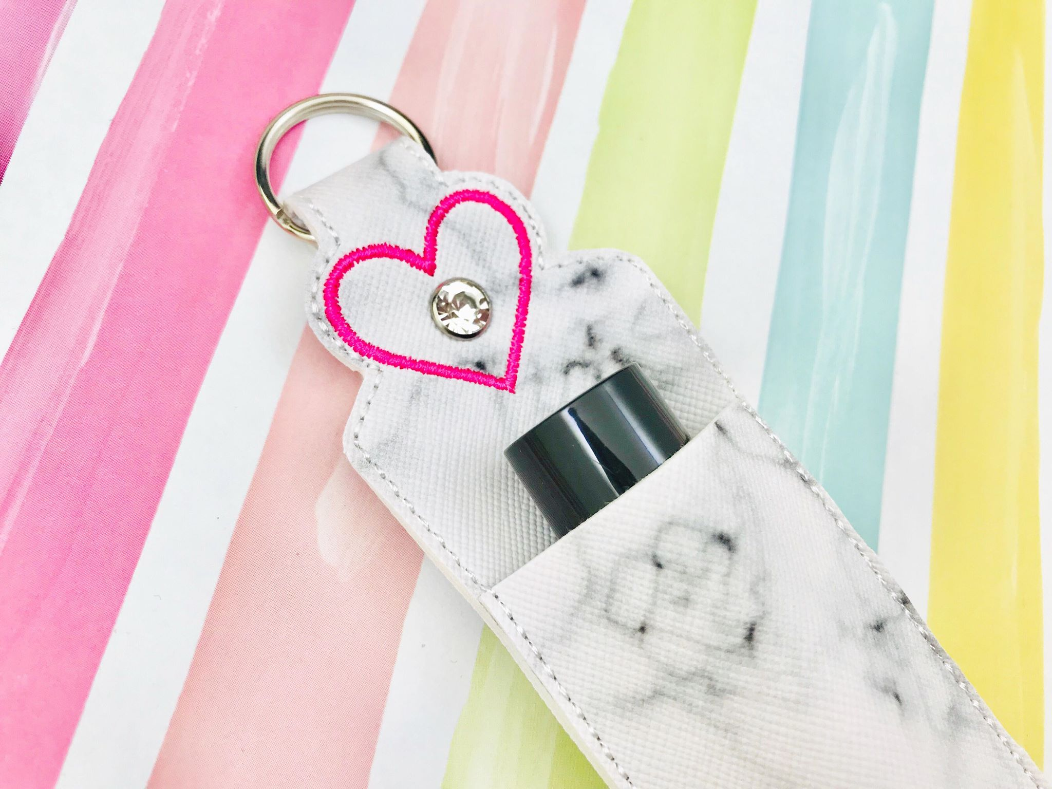 Heart Essential Oil Holder- Fits 10ml bottle