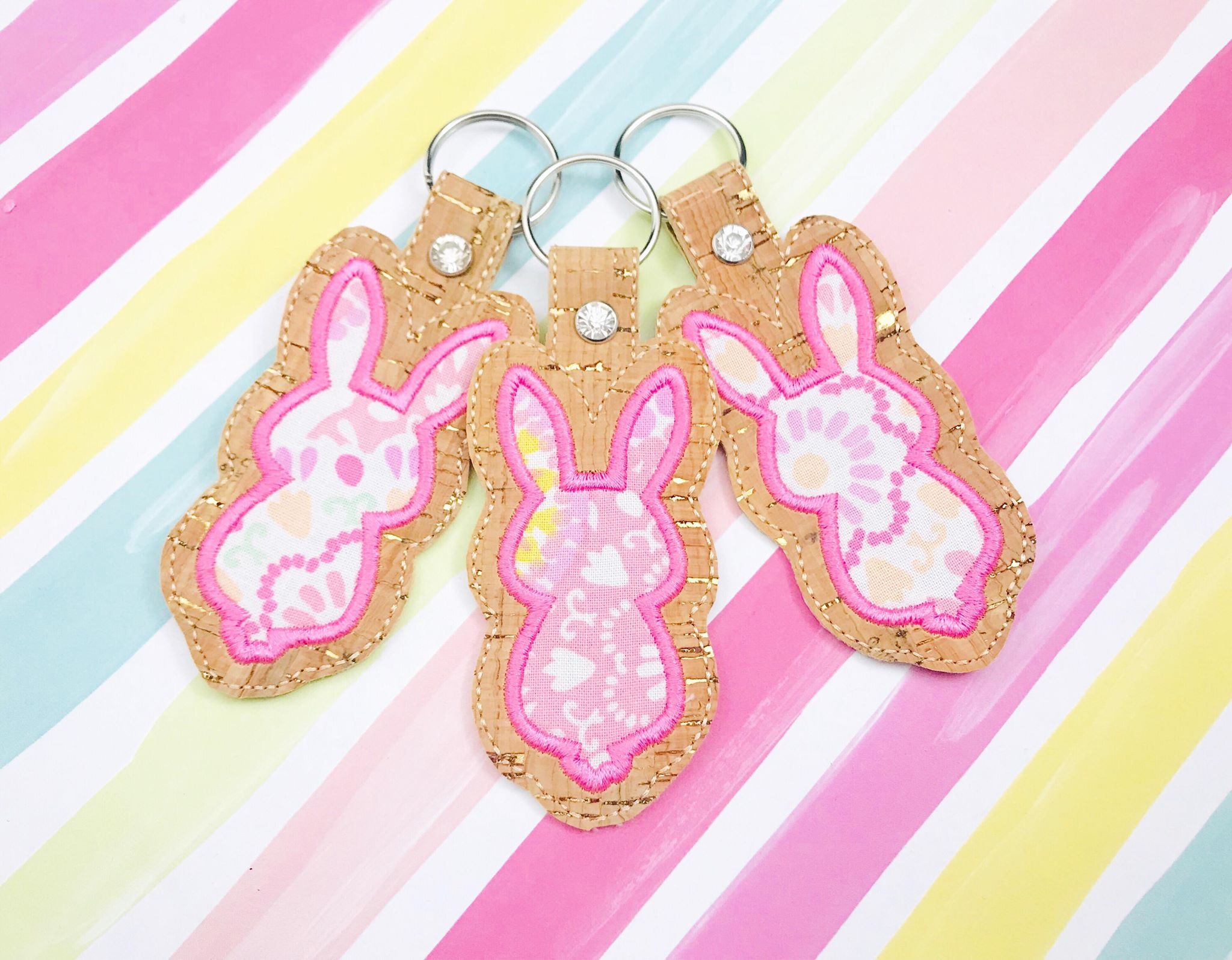 Bunny Tail Applique 3 Snap Tab