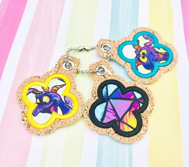 Quatrefoil Applique Zipper Pulls