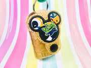 Mouse Applique 1oz Sanitizer Holder