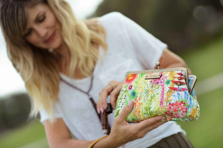 Sew Grown Essential Oil  Purses