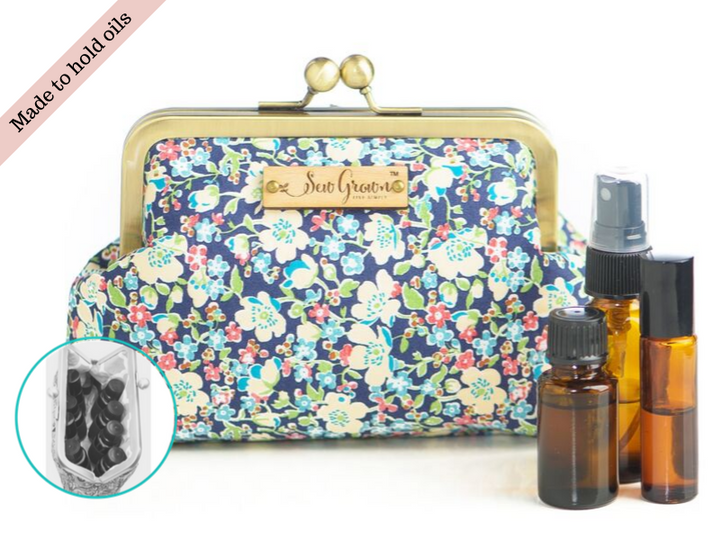 Francine 8 Bottle Essential Oil Case