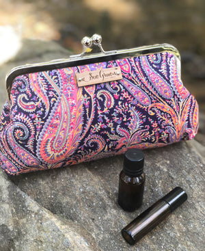 Felix Liberty Essential Oil Purse