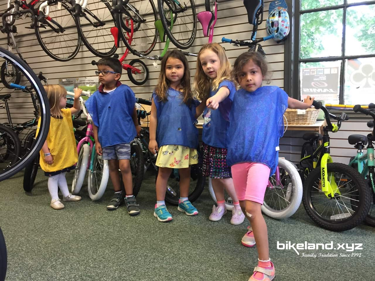 Kids checking out kids bikes at Bikeland.