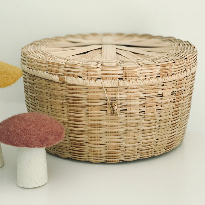Circular Lidded Basket - Vintage - Pretty Snippets Kids Toys & Accessories