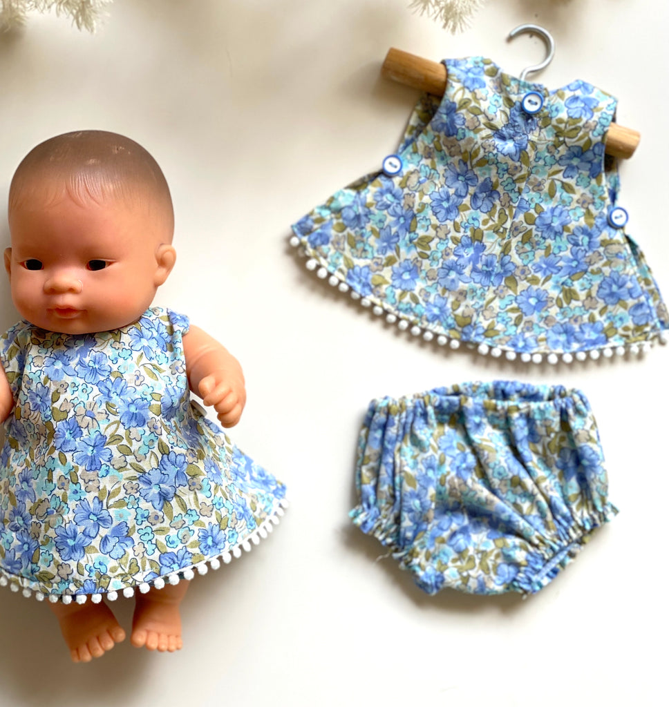 Blue Meadow Dress - (to fit 21cm)