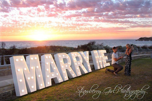 MARRY ME -3.5ft light up