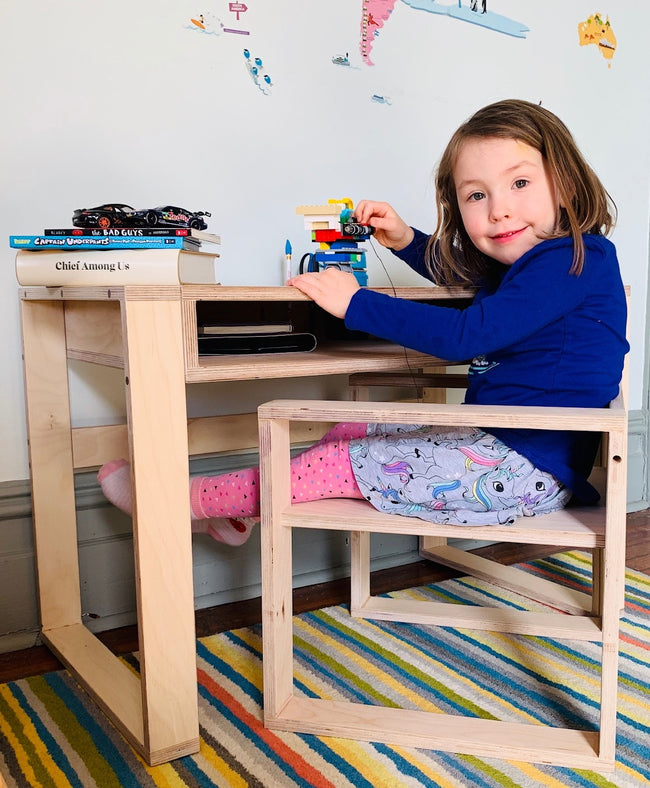Meet the Kid's Desk+Chair Set