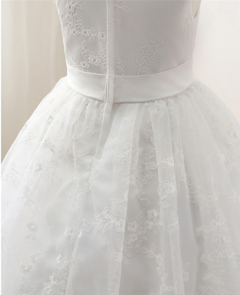 Classic White Flower Girl Dress with Elegant Floral Patterns