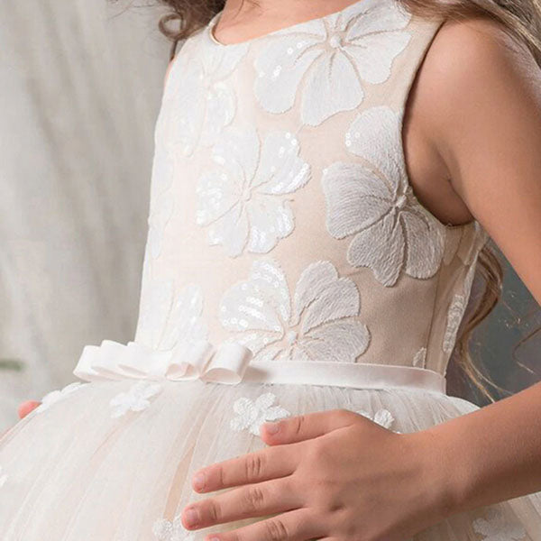 Sleeveless Long Flower Girl Dress with Pretty Floral Design