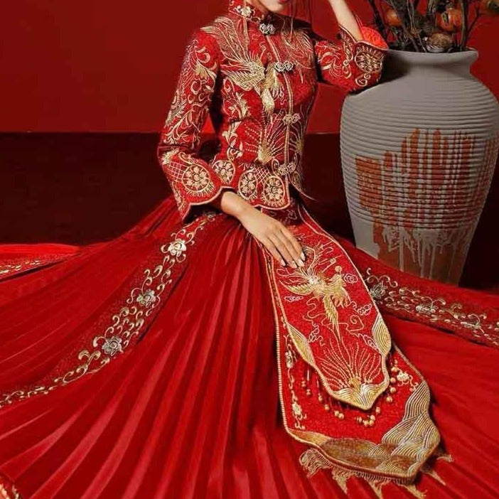Scarlet Red Wedding Kua 龍鳳卦/秀禾服 Qun Kua Cheongsam for Bride with Mixed Golden Oriental and Phoenix Embroidery