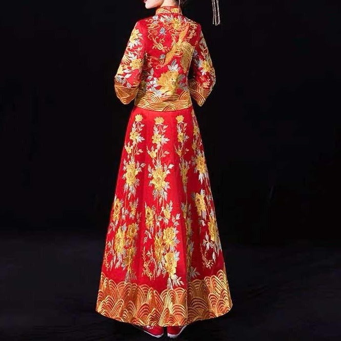 Layered Sleeve Wedding Kua 龍鳳卦/秀禾服 Qun Kua Cheongsam for Bride with Golden Phoenix and Floral Embroidery