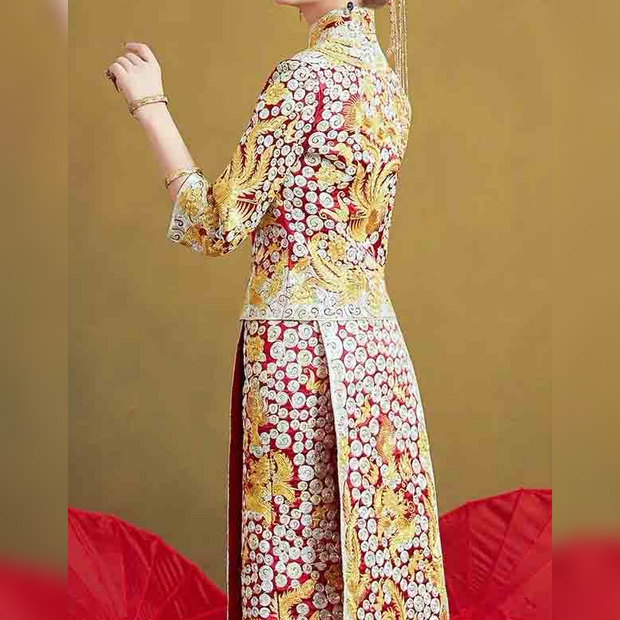 Stunning Fully Embroidered Wedding Kua 龍鳳卦/秀禾服 Qun Kua Cheongsam for Bride