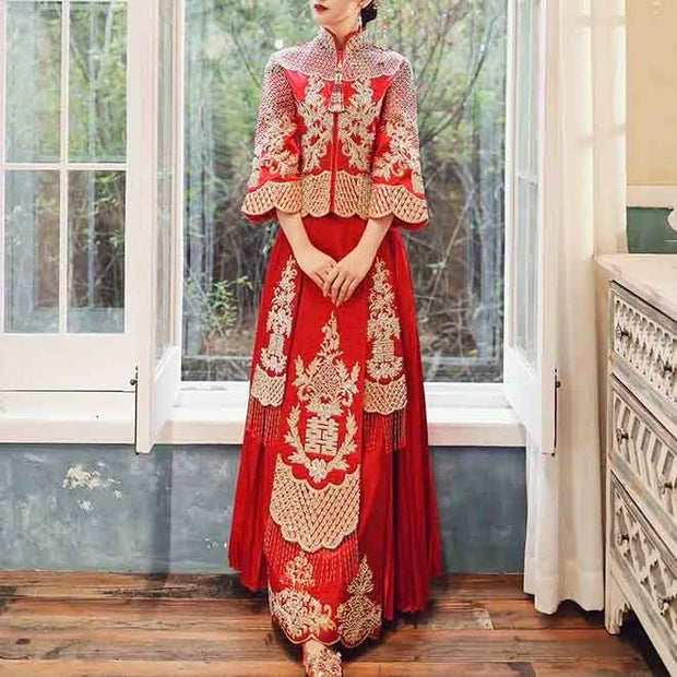 Satin Wedding Kua 龍鳳卦/秀禾服 Qun Kua Cheongsam for Bride with Pleated Skirt and Elegant Traditional Chinese Embroidery