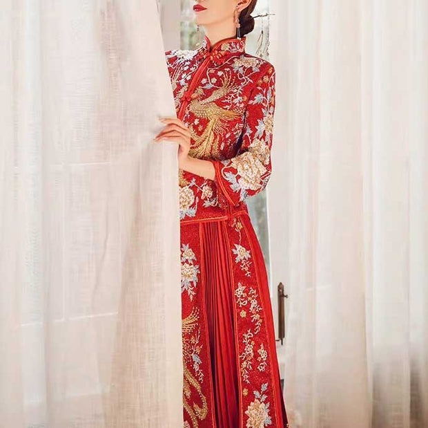 Mandarin Collar Wedding Kua 龍鳳卦/秀禾服 Qun Kua Cheongsam for Bride with Phoenix and Floral Embroidery