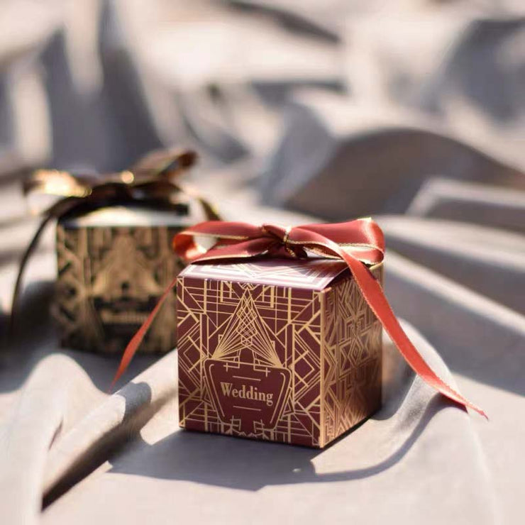 50 PCS Guest Favors Gatsby Style Gold Foil Wedding Candy Boxes with Ribbon
