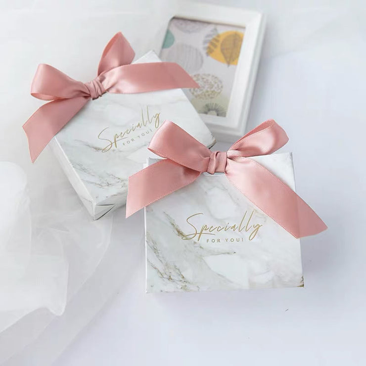 50 PCS Wedding Guest Favors Wedding Candy Boxes with Paper Bag Design