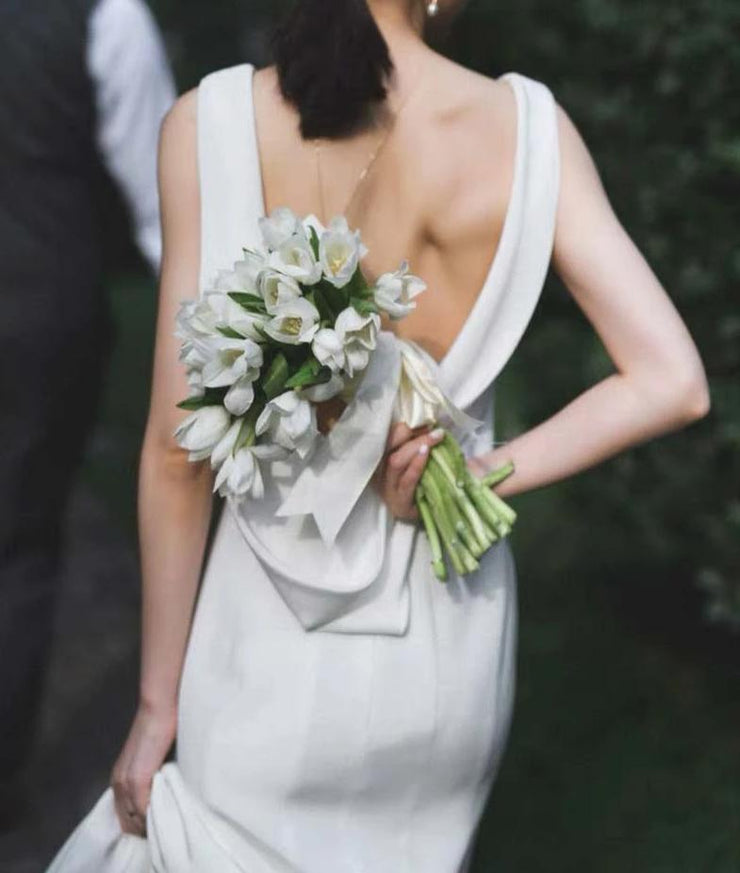 Sexy Backless Sleeveless Wedding Dress