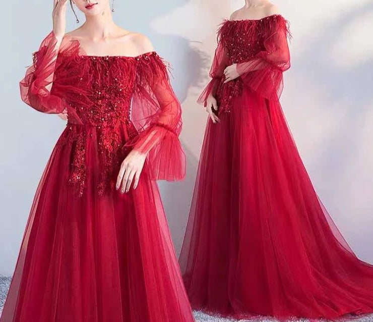 Off-Shoulder Maternity Red Evening Gown with Beads and Lace Design for Expecting Bride Moms