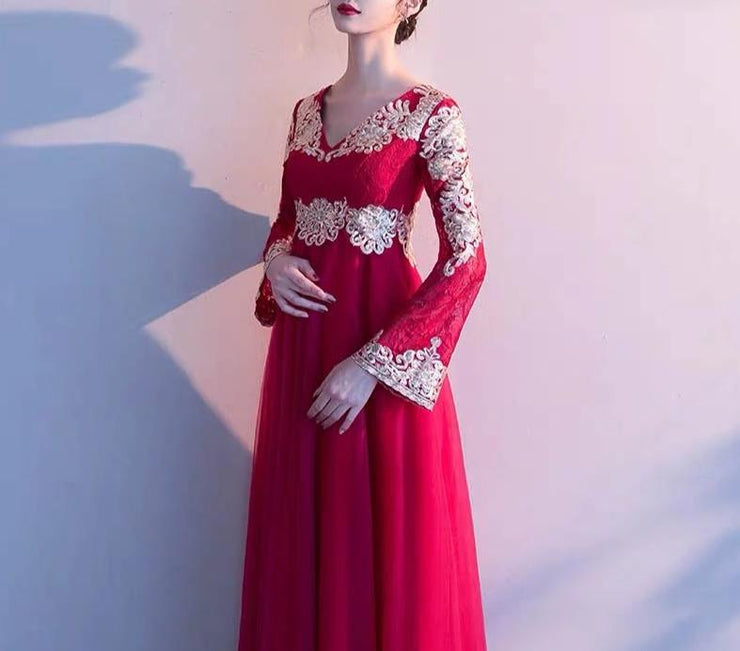 V-Neck Maternity Evening Dress with Long Bell Sleeves for Expecting Bride Moms