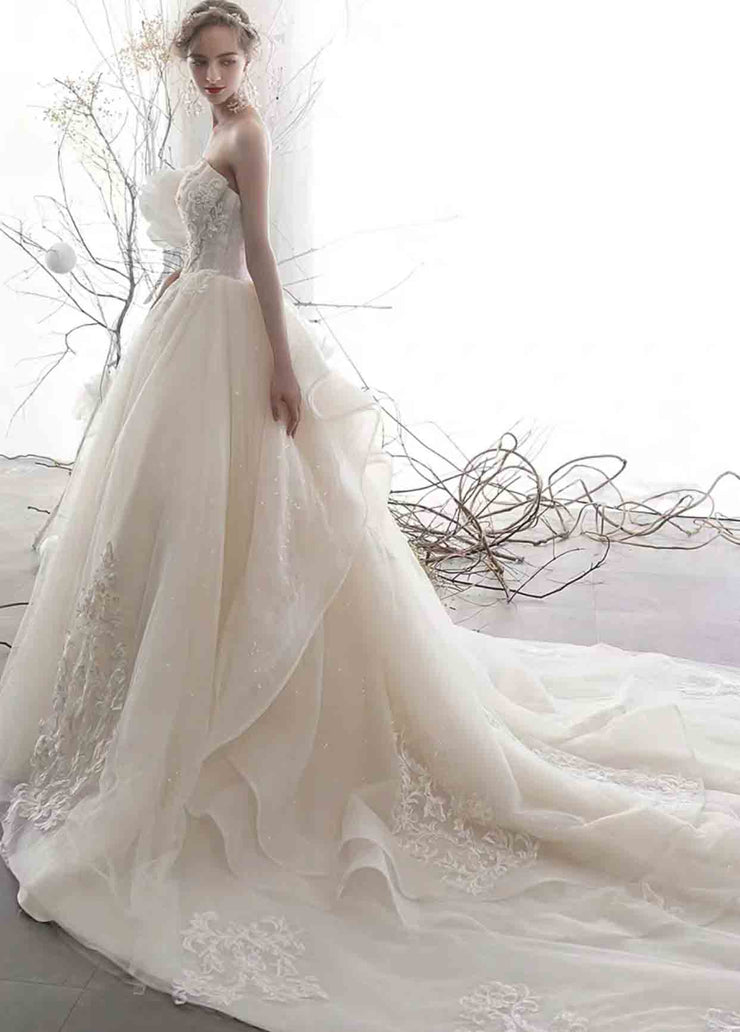 [RENT OR BUY] Custom Made Sweetheart Strapless Lace Design Wedding Dress with Long Layered Back Organza Skirt