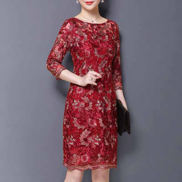 Mother of the Bride/Groom Dress Above the Knee with Red Floral Pattern