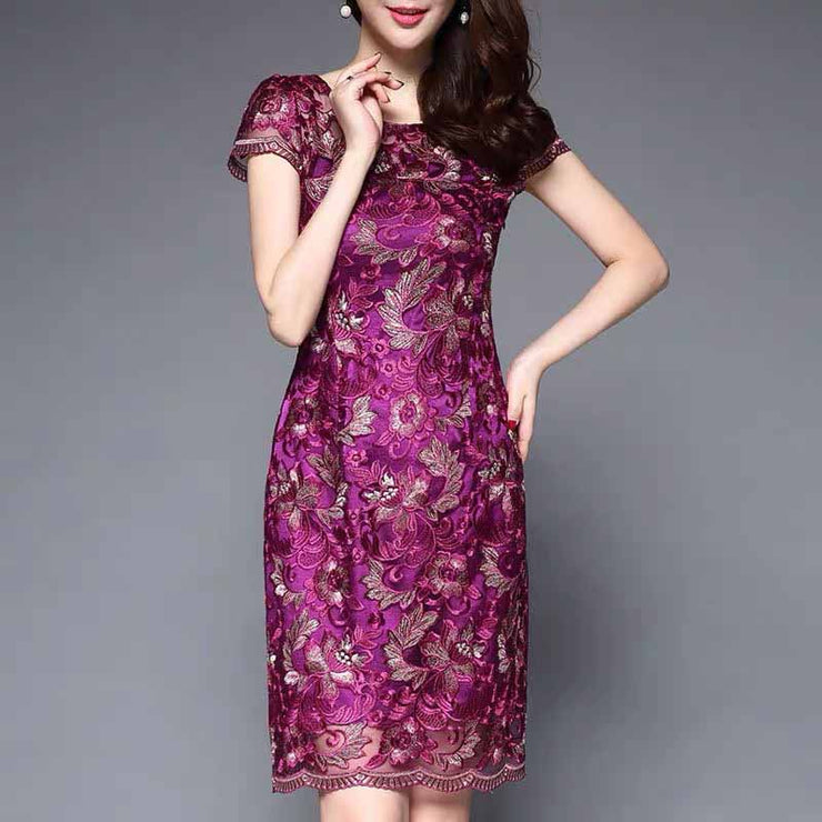 Mother of the Bride/Groom Dress Above the Knee with Purple Floral Pattern