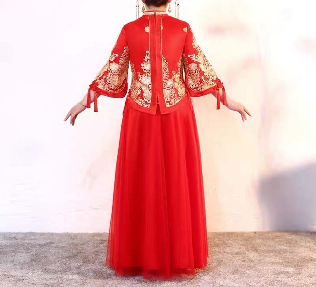 CUSTOM MADE Wedding Kua 龍鳳卦/秀禾服 Plus Size Qun Kua Cheongsam with Gold Oriental Design Tassel Dress
