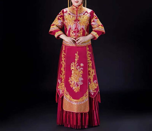 CUSTOM MADE Wedding Kua 龍鳳卦/秀禾服 Plus Size Qun Kua Cheongsam with Gold Embroidery Design