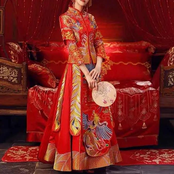 Wedding Kua 龍鳳卦/秀禾服 Qun Kua Cheongsam for Bride in Traditional Red with Layered Sleeve and Elegant Embroidery