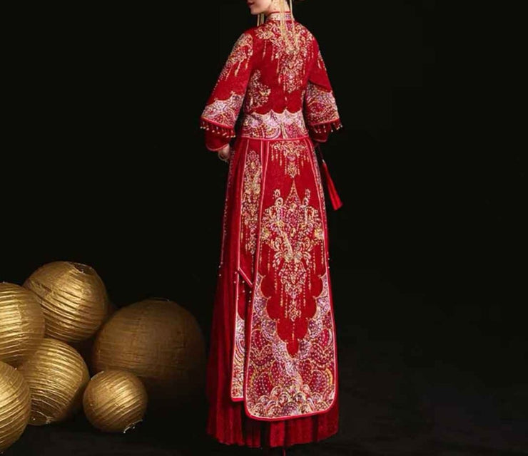 Wedding Kua 龍鳳卦/秀禾服 in Traditional Red & Gold