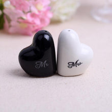 50 PCS Mr & Mrs. Salt & Pepper Shaker Wedding Gift Favors for Guests