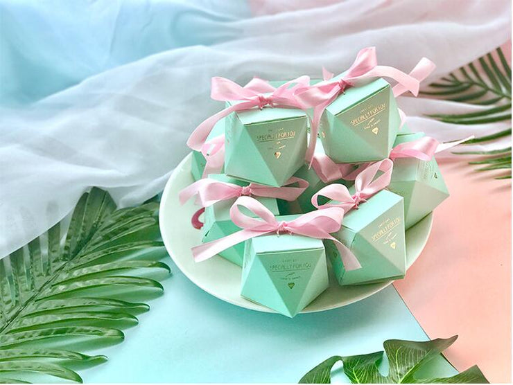 50 PCS Mint Green Diamond Shaped Wedding Candy Box Gifts & Favors - Vanilla Ribbon