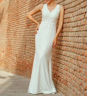 Sleeveless Simple Wedding Dress with Lace Sweep Train