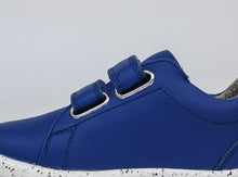 IW Grass Court - Waterproof Blueberry