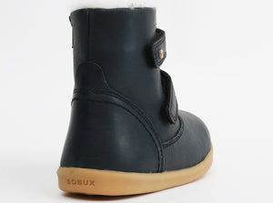 I Walk Aspen Boot Black Ash