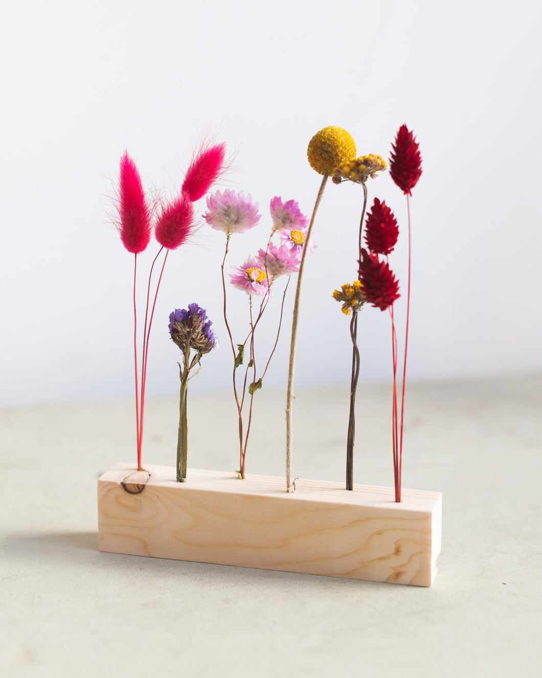 Dried Flowers stand
