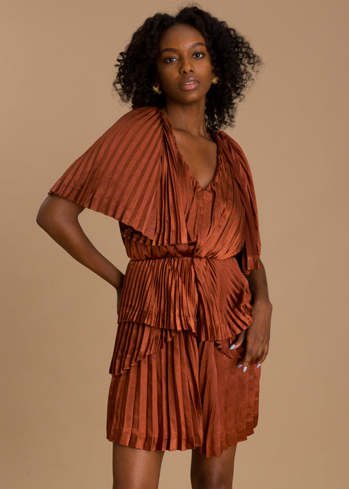 Rust short sleeve pleated romper