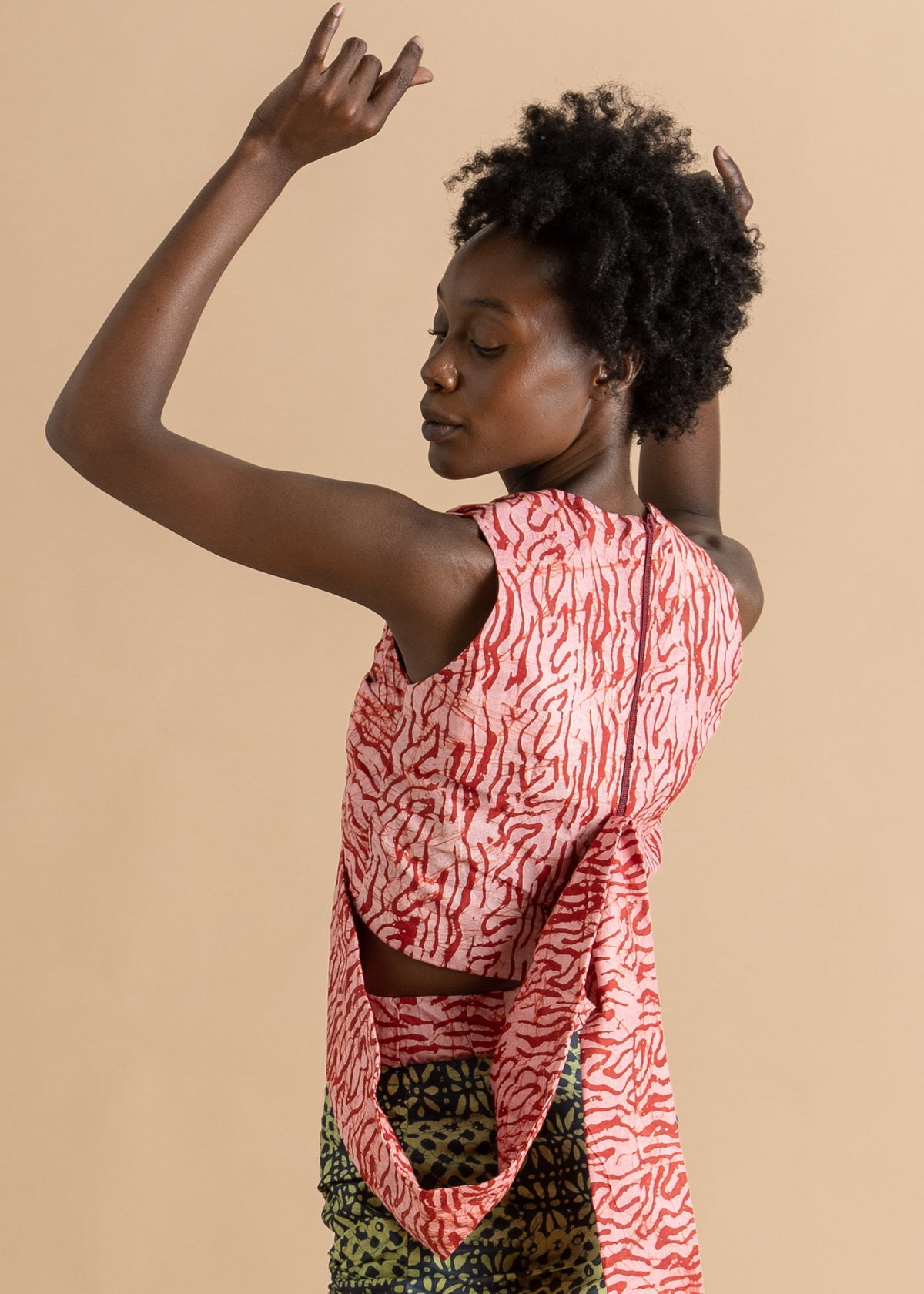 Abiola Olusola patterned knotted cropped top