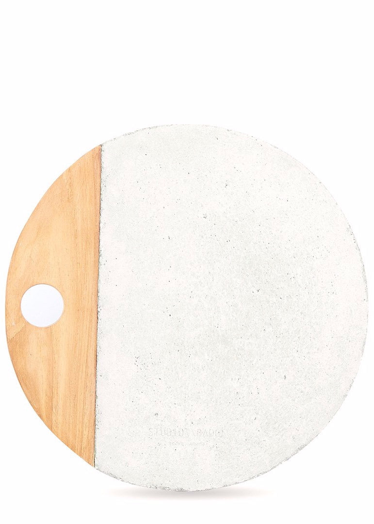 Maxi Afriyie Concrete Platter in Moondust White