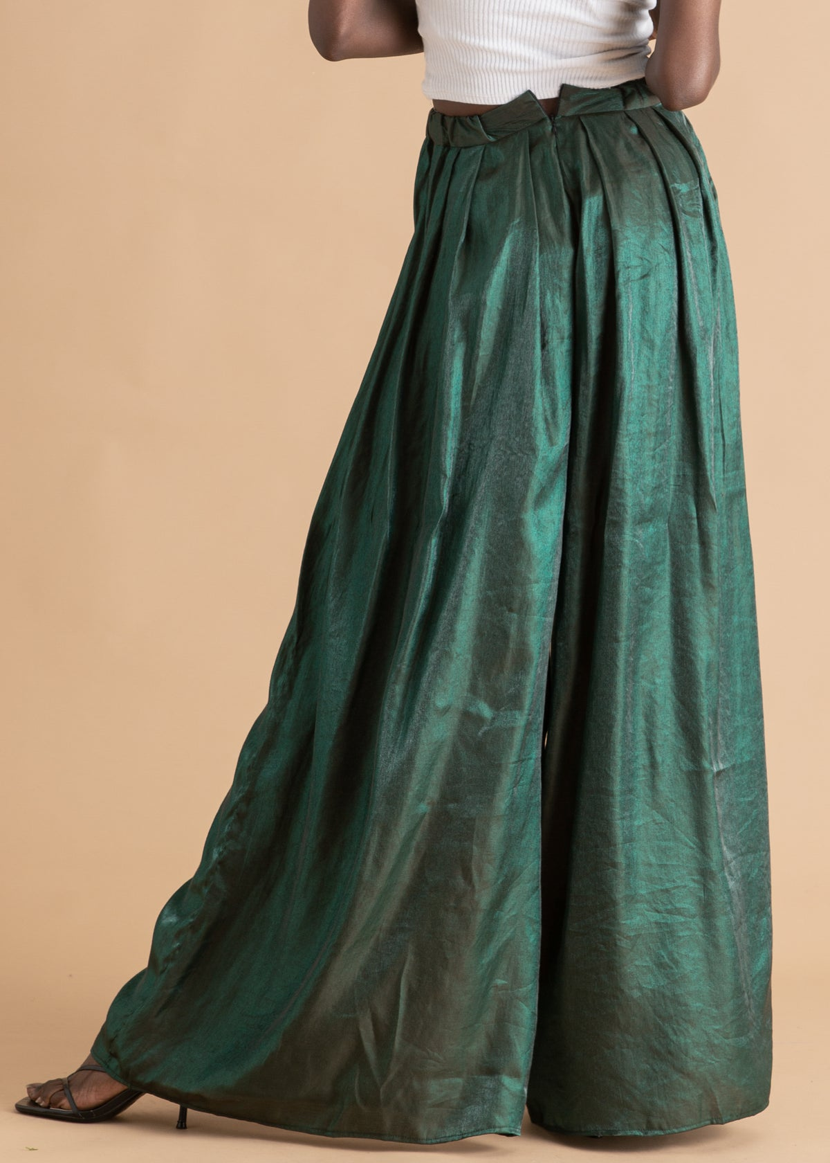 Onalaja Green metallic pleated pants