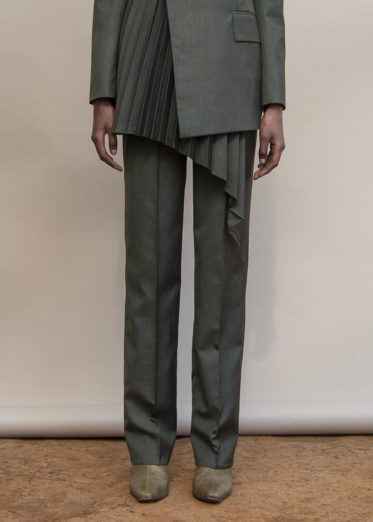 MmusoMaxwell dark green slim tailored pants