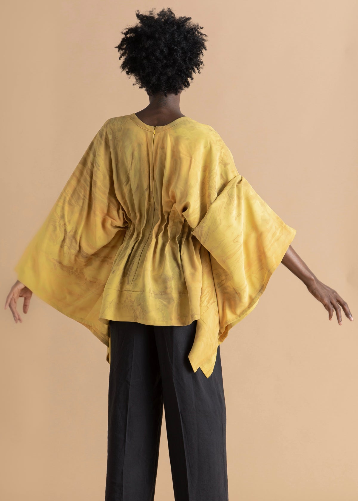 Sisiano yellow long sleeve pleated top