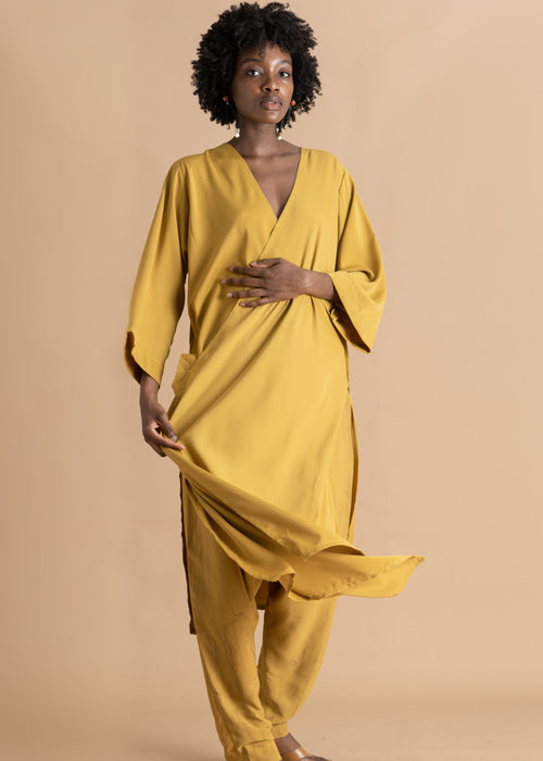 Long yellow asymmetrical silk Sisiano tunic