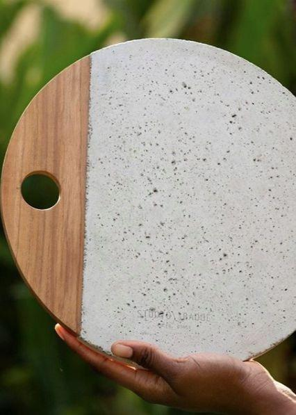 Afriyie Concrete Platter in Moondust White