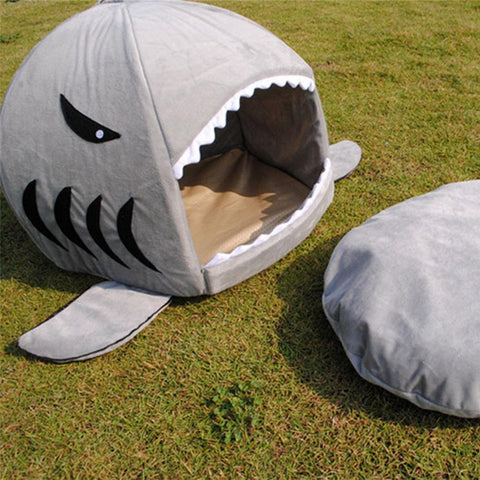 Image of Gray / S Shark Pet Bed