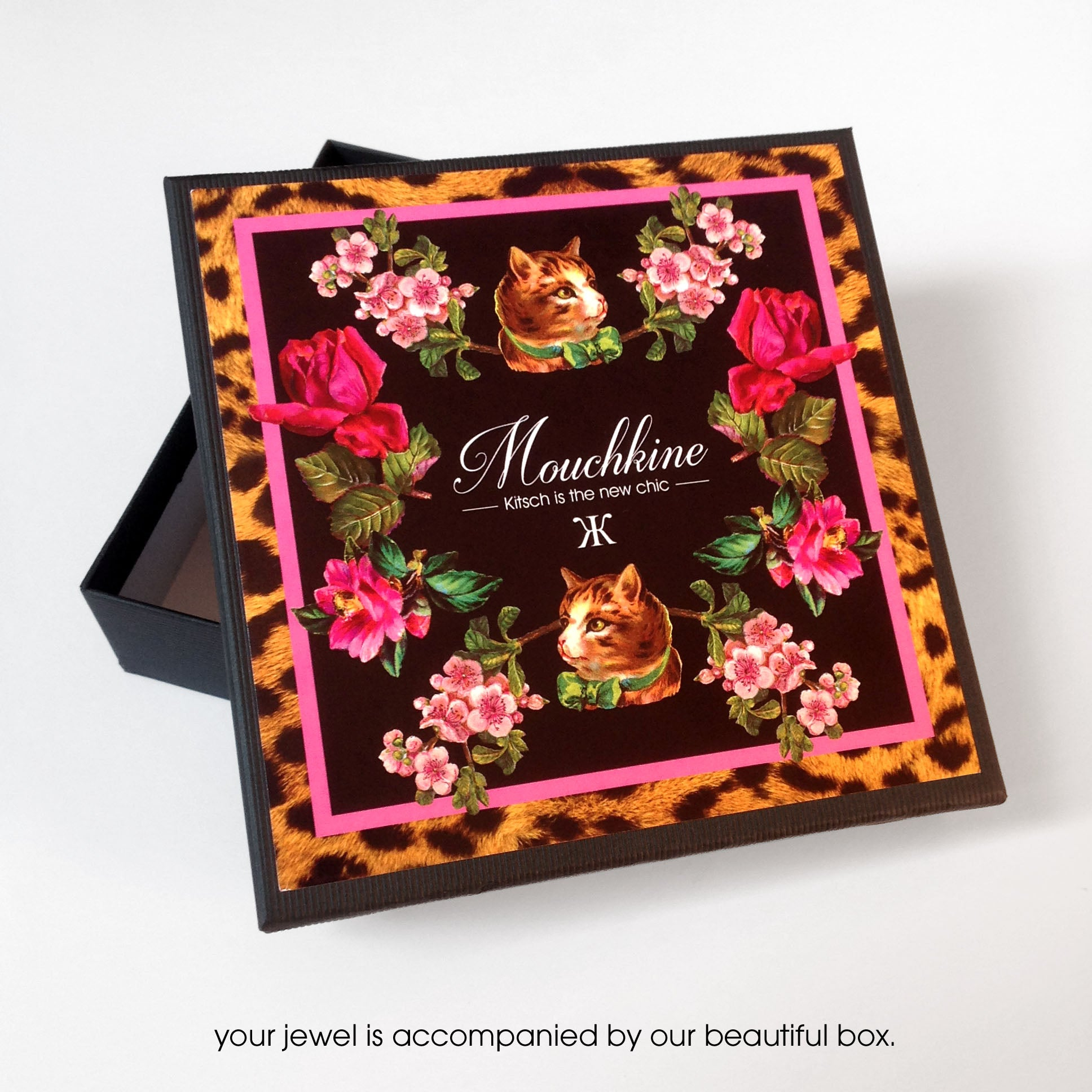 mouchkine jewelry packaging box. Boite des bijoux mouchkine jewelry, fait main et made in france.