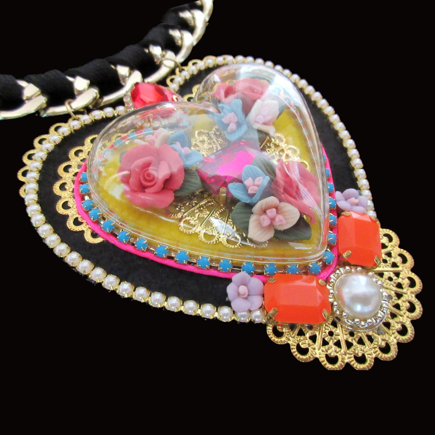 mouchkine jewelry chic and trendy handmade necklace with a heart shape