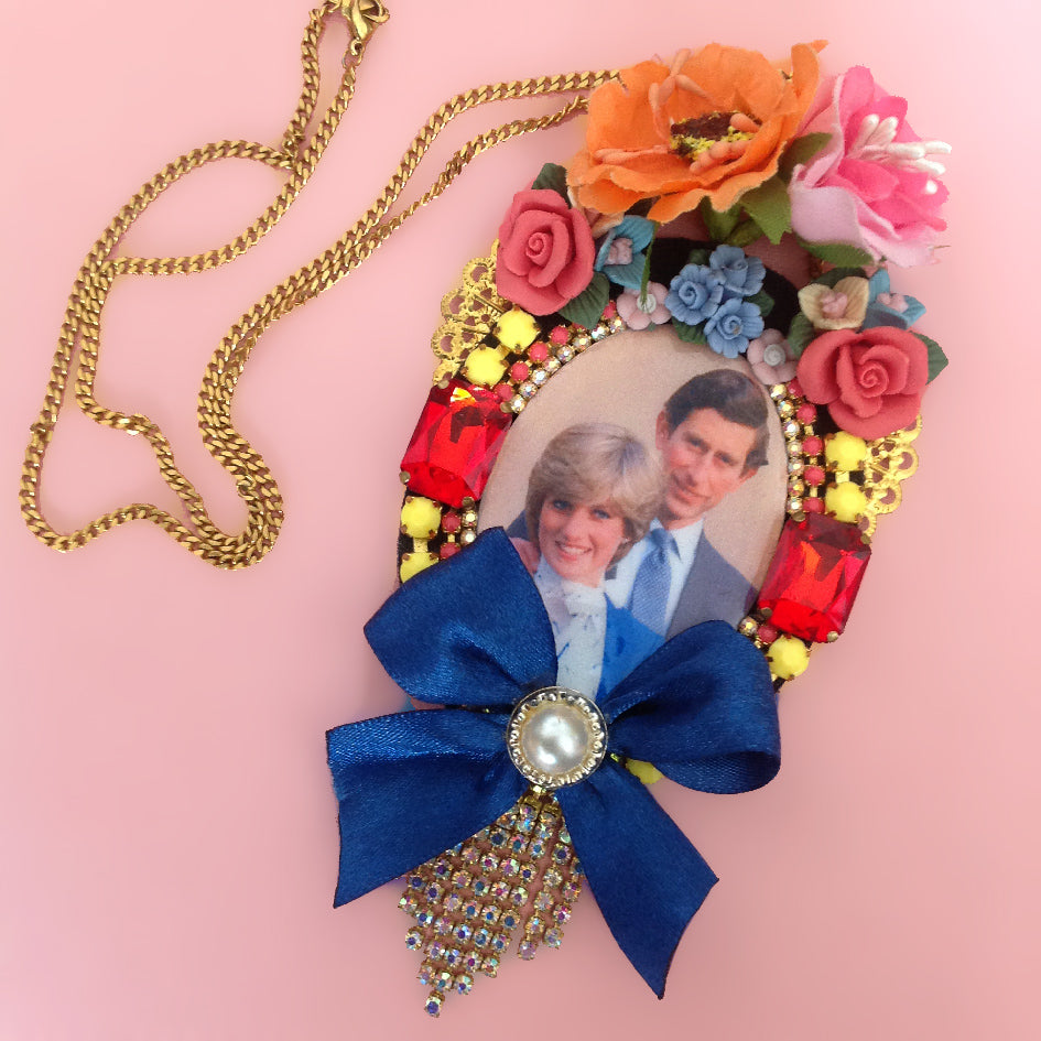 mouchkine jewelry popart stylish colorful kitsch and chic necklace